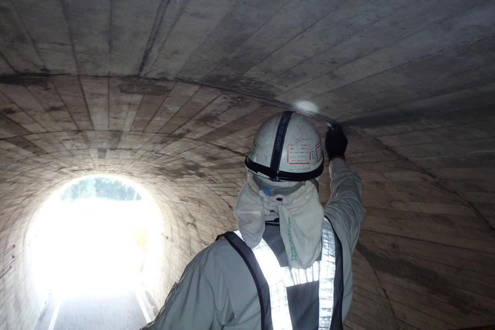 瀬戸山トンネル点検調査(垂水市)